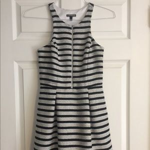 Express black & white zip front mini dress